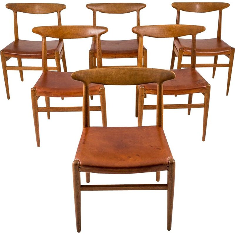 "Set of 6 vintage Danish dining chairs ""W2"" by Hans J. Wegner"