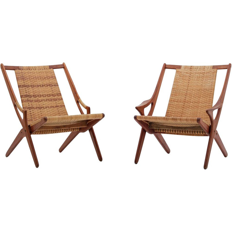 "Set of 2 vintage Danish armchairs ""300"" by Arne Hovmand-Olsen"