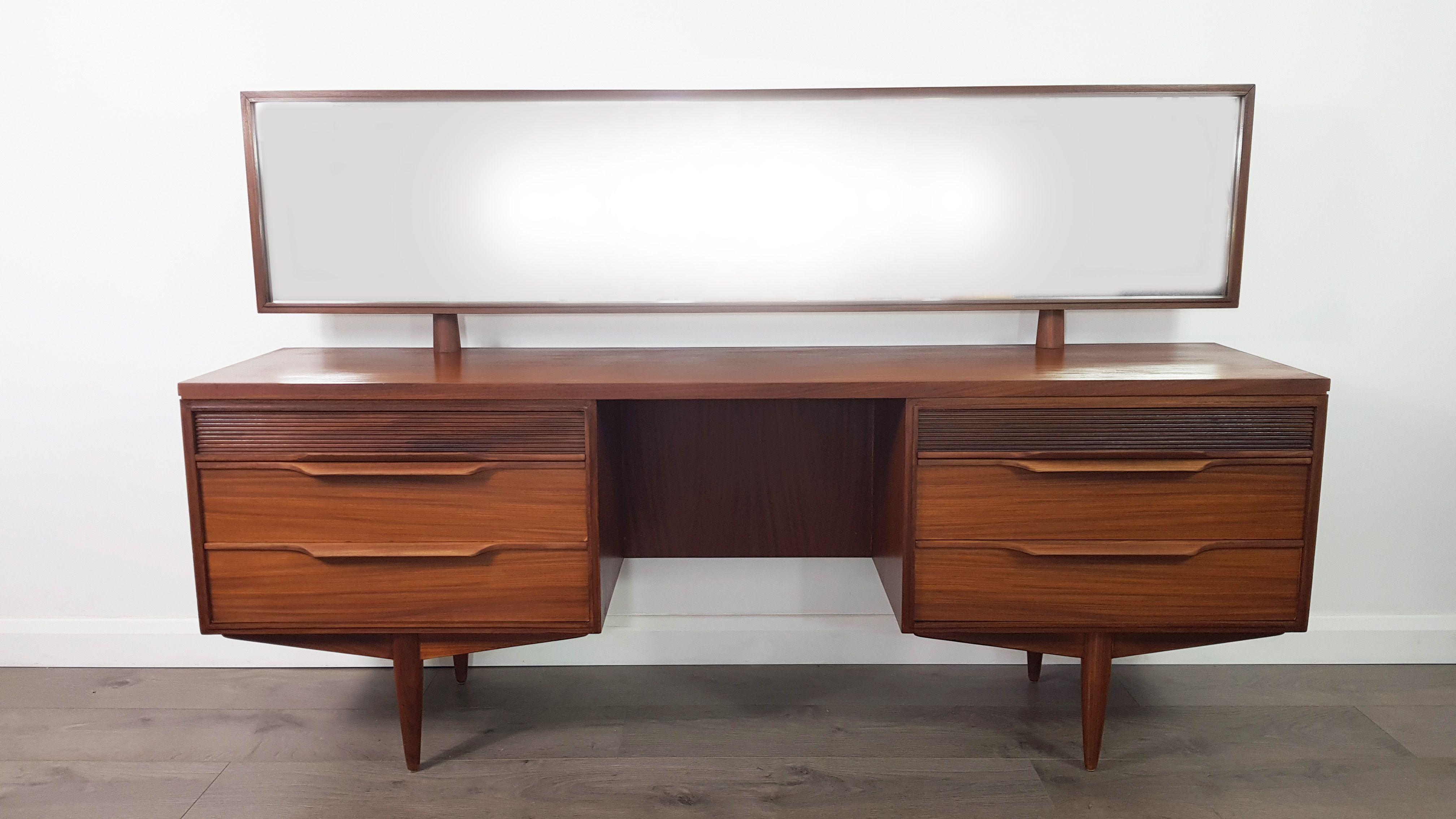 Vintage dressing table in teak by White & Newton - Design ...