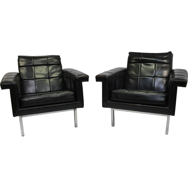 Vintage set of 2 armchairs in leather and chrome metal