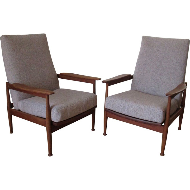Suite of 2 chairs gray fabric by Georg Frejer