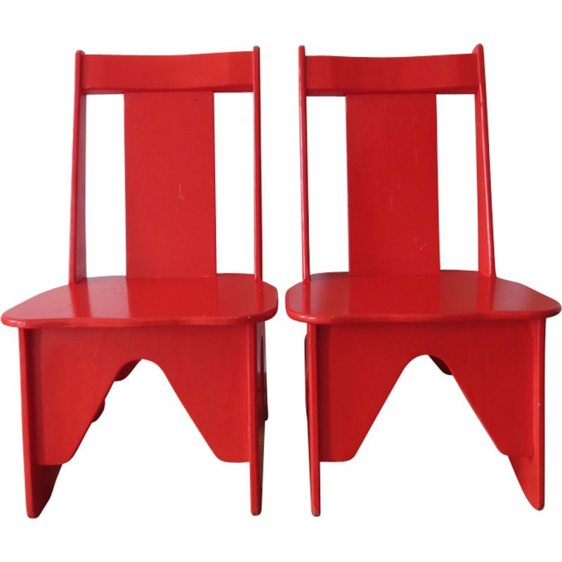 Set Of 2 Vintage Red Chairs For Kids