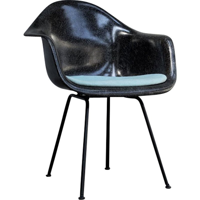 Vintage chair DAX by Eames for Herman Miller