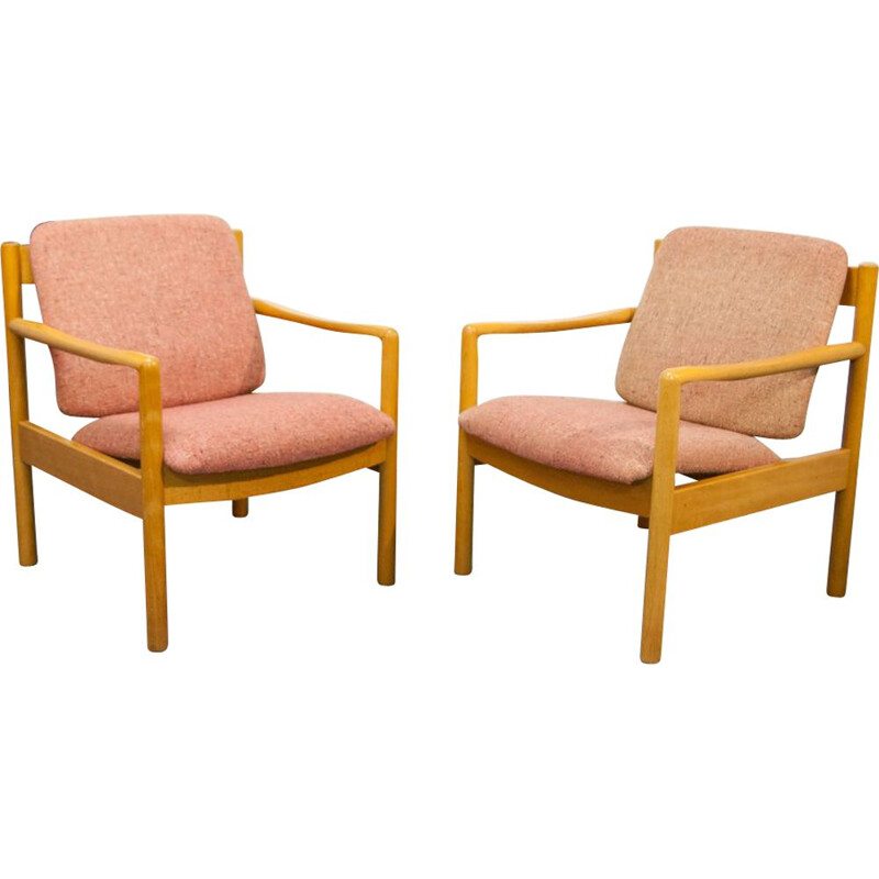 Set of 2 armchairs in oak wood by Ercol