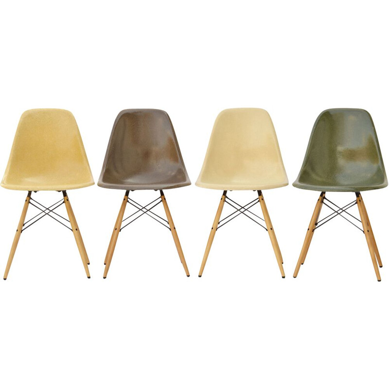 Vintage set of 4 fiberglass dining chairs by Eames for Herman Miller