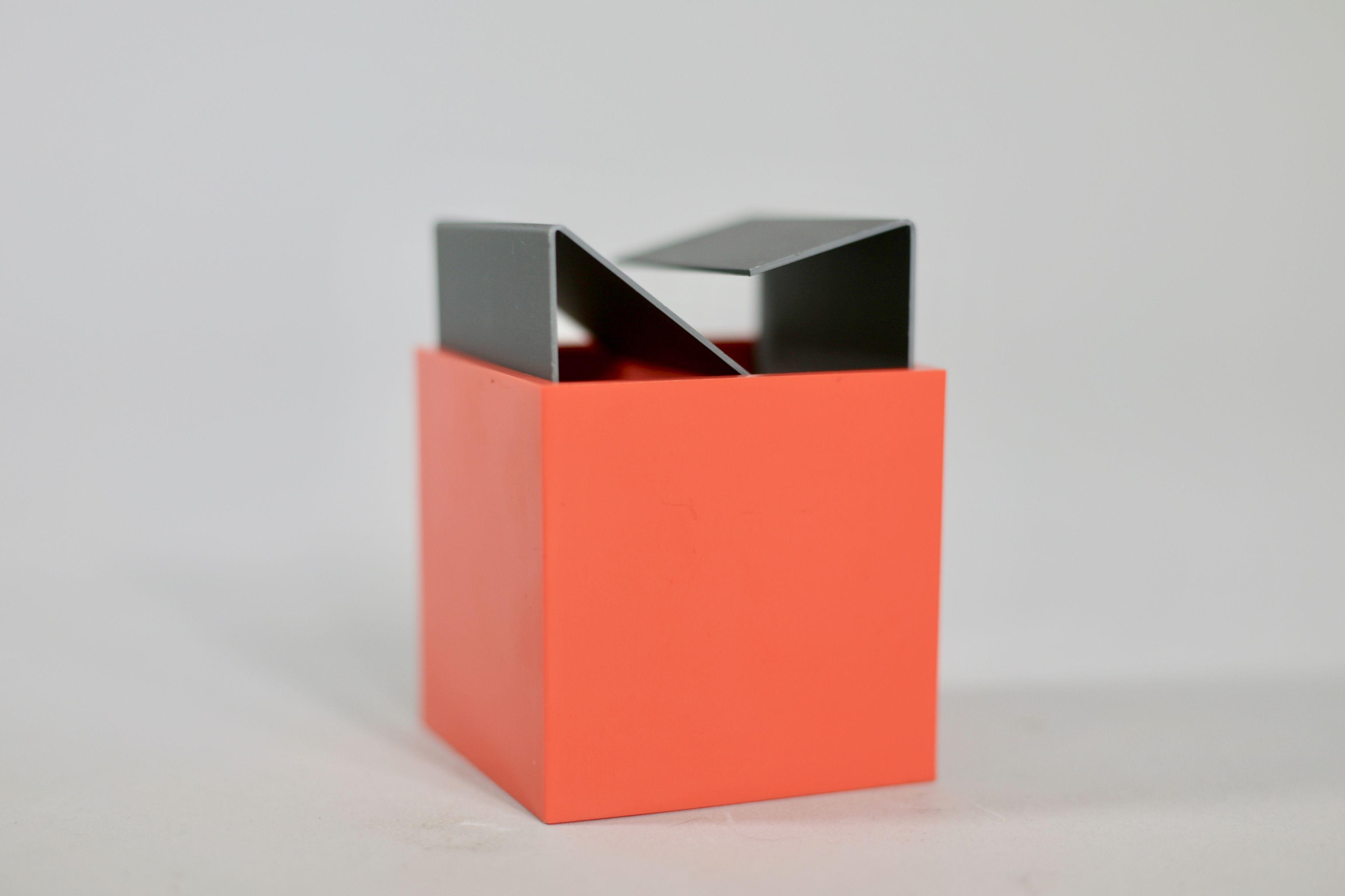 Credenza Danese : Vintage orange ashtray by bruno munari for danese milano design market