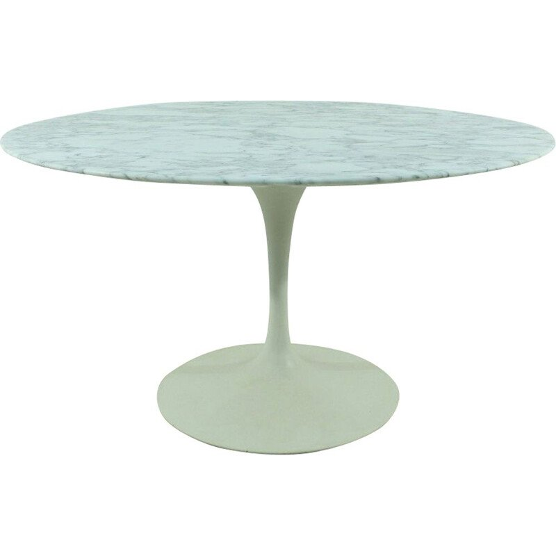 "Vintage ""Tulip"" Dining Table by Eero Saarinen for Knoll International"