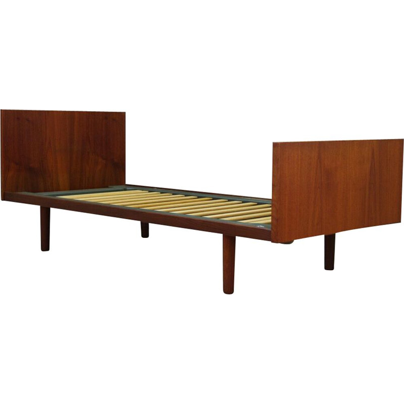 Vintage scandinavian bed in teak by H. Wegner