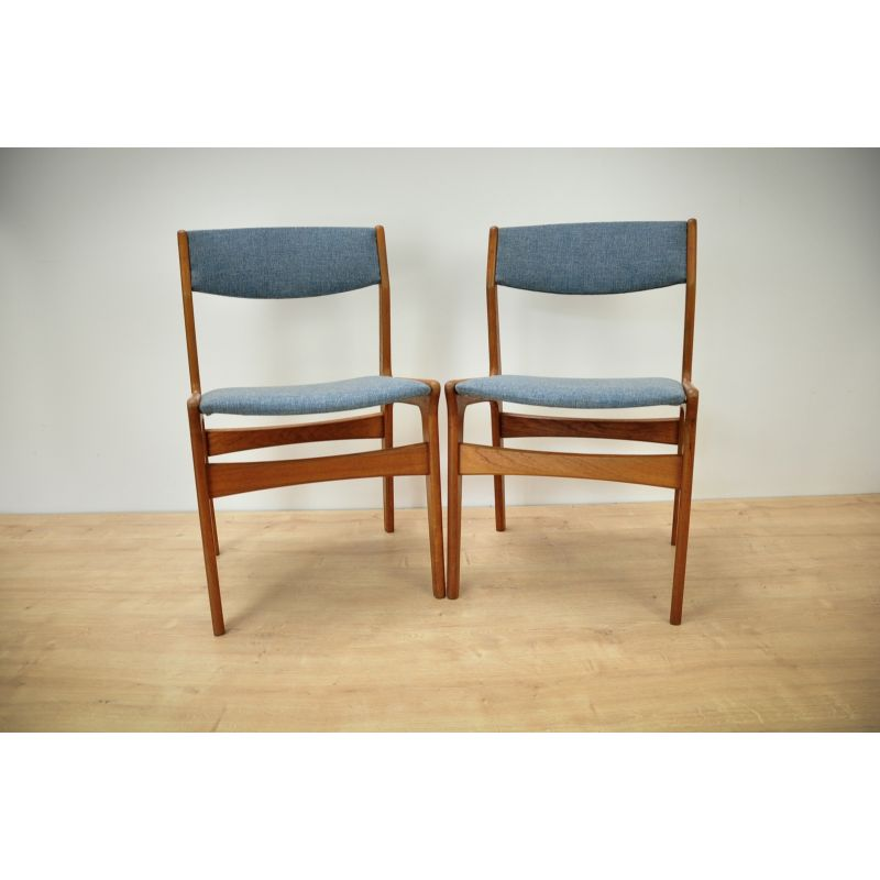 Set of 2 vintage Danish dining chairs in teak by Nova