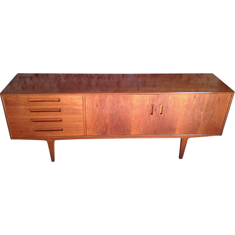 Vintage sideboard in teak by Victor Wilkins for G-Plan