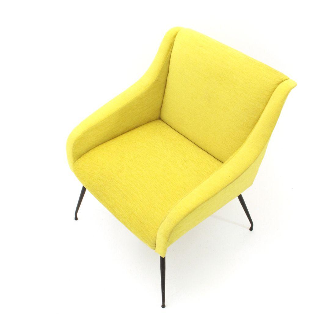 Vintage italian yellow velvet armchair - Design Market