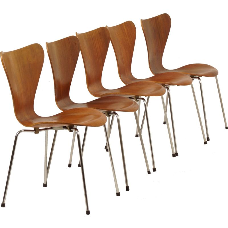 "Set of 5 ""Butterfly"" Dining Chairs in teak by Arne Jacobsen for Fritz Hansen"