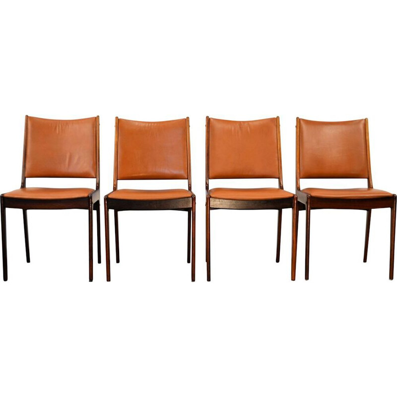 Set of 4 vintage leather dining chairs by Johannes Andersen