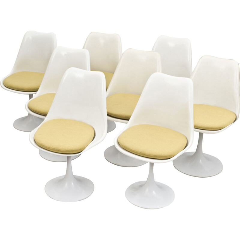 Set of 6 Tulip chairs by Eero Saarinen