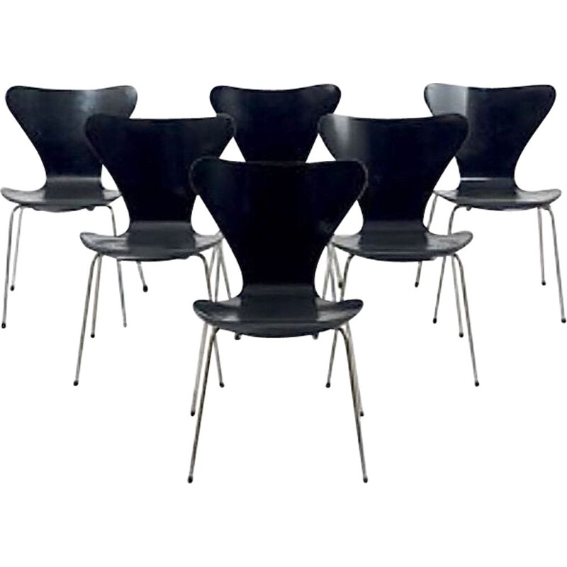 """Set of 6 chairs """"3107"""" by Arne Jacobsen for Fritz Hansen"""