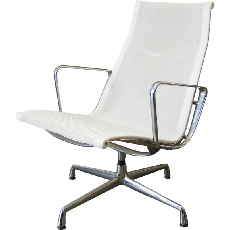 EA116 white Chair by Charles and Ray Eames for Vitra