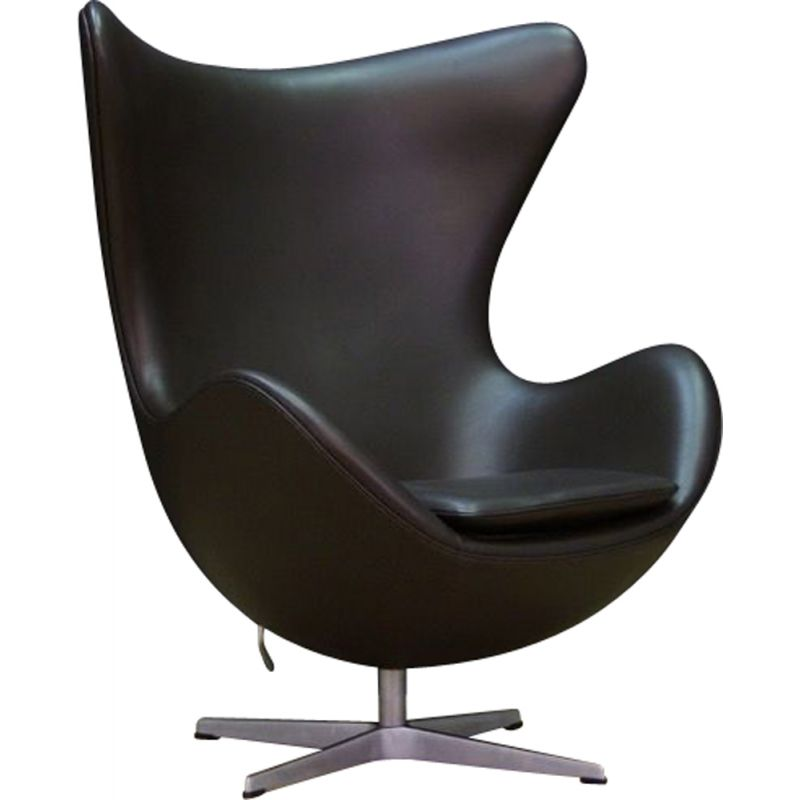 "Vintage Danish ""The Egg"" armchair in black leather by Arne Jacobsen"