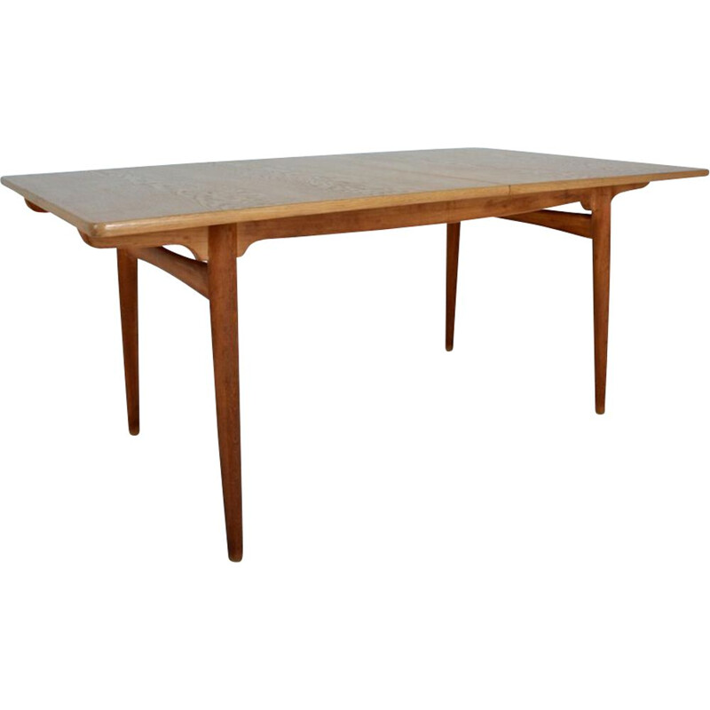 Vintage Scandinavian dining table by Hans Wegner