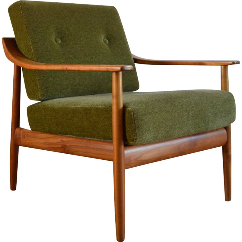 Vintage chair by Wilhelm Knoll