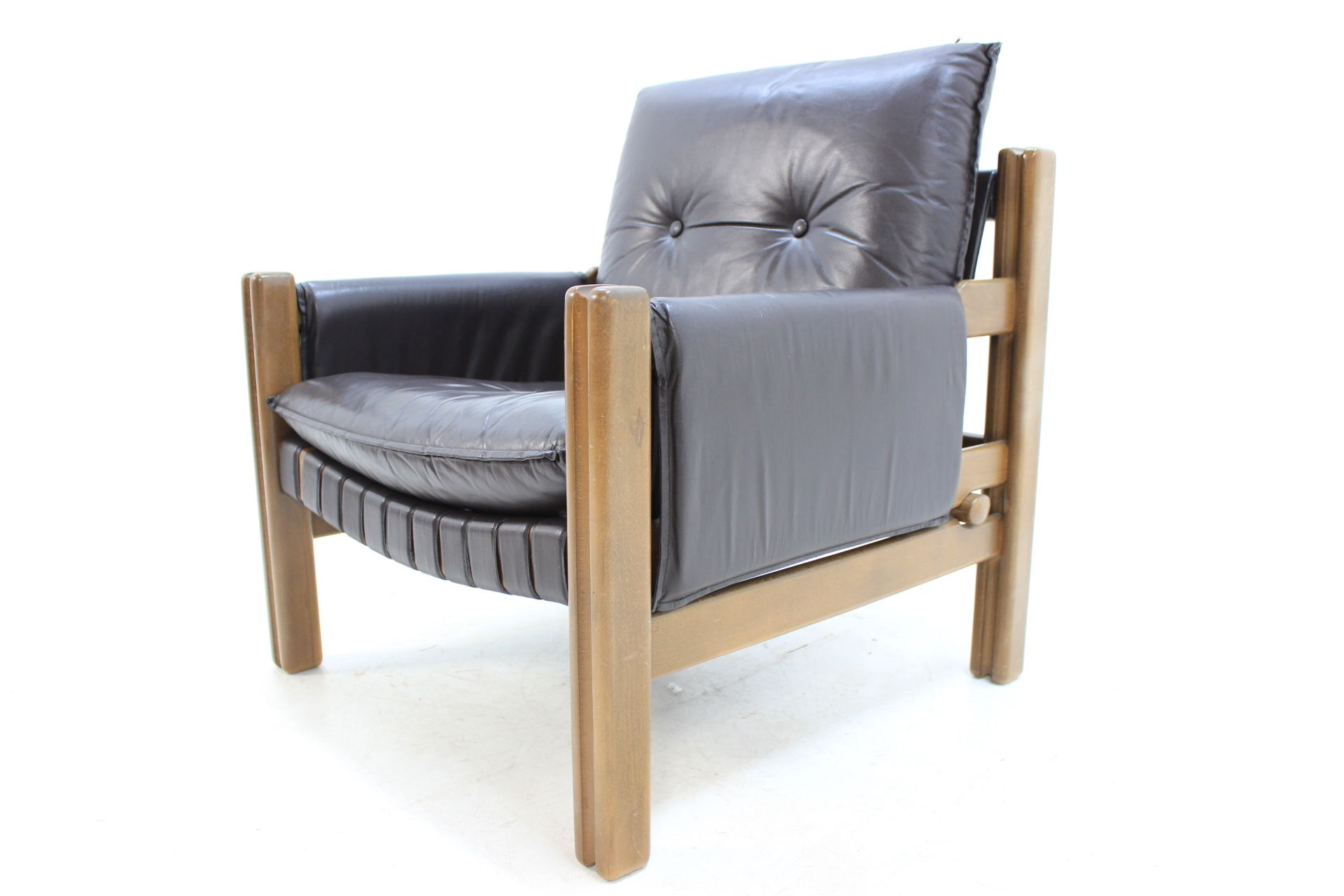 vintage scandinavian armchair in leather