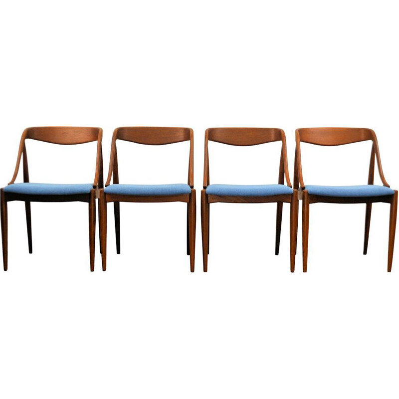 Set of 4 blue vintage dining chairs by Johannes Andersen
