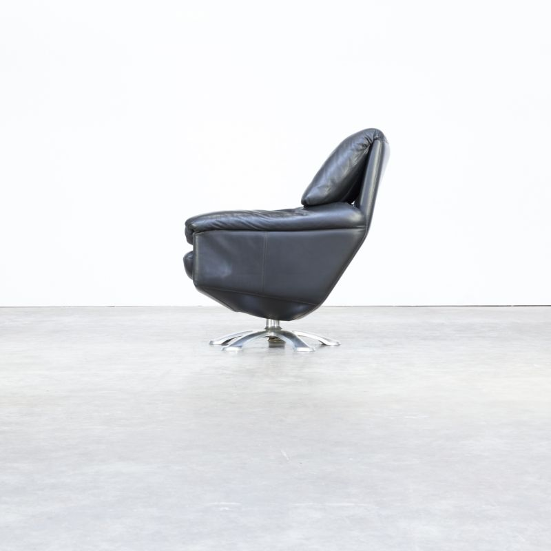 Leolux Fauteuil 200.Vintage Black Leather Armchair Model 200 By Axel Enthoven For Leolux