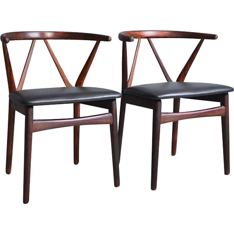 """Set of 2 vintage dining chairs """"255"""" in rosewood by Henning Kjaernulf for Bruno Hansen"""