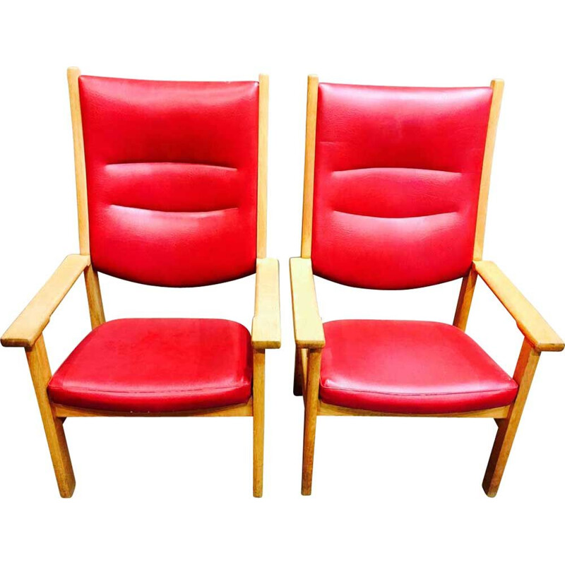 Set of 2 red vintage armchairs by Hans Wegner