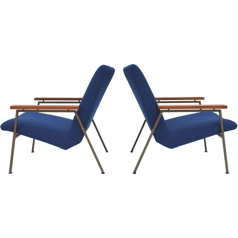 Set of 2 vintage blue lounge chairs by Rob Parry for Gelderland