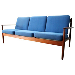 Scandinavian sofa in teak and wool, Grete JALK, France & Son edition - 1950s
