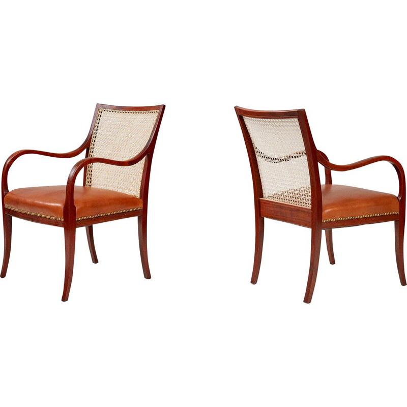 Set of 2 vintage chairs in mahogany & cane by Frits Henningsen