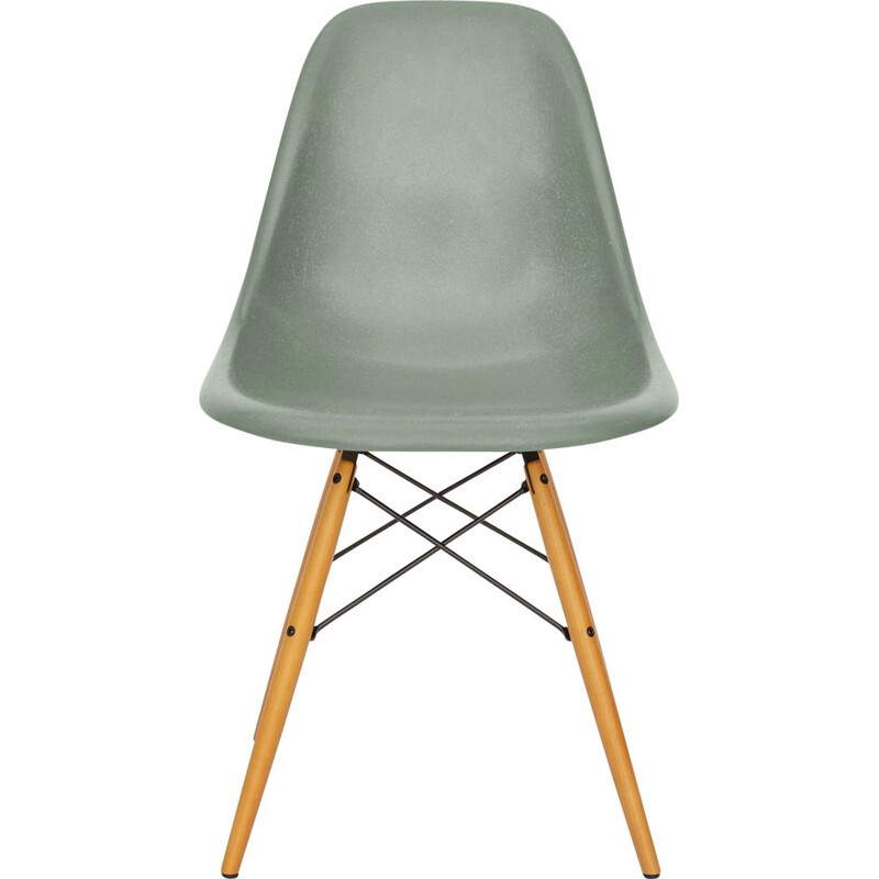 Vintage green chair DSW in fiberglass by Eames for Vitra