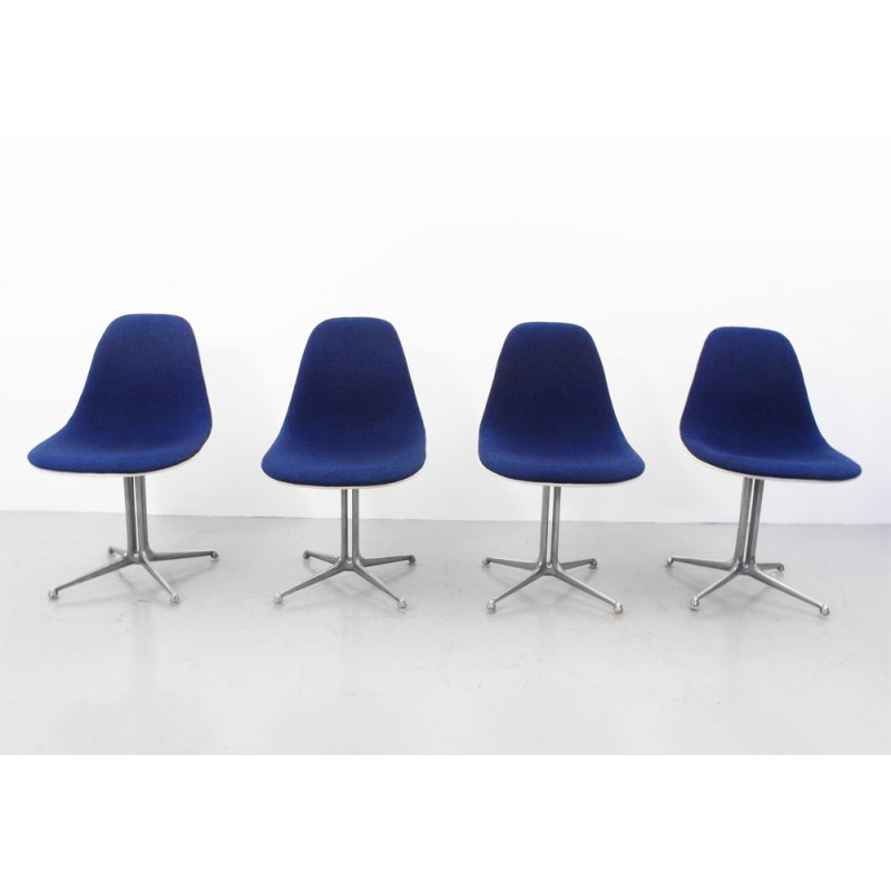 Set of 4 La Fonda chairs in wool, fiber glass and aluminum, Ray and ...