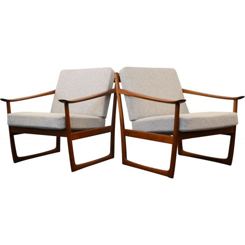 Set of 2 grey fabric armchairs by Peter Hvidt