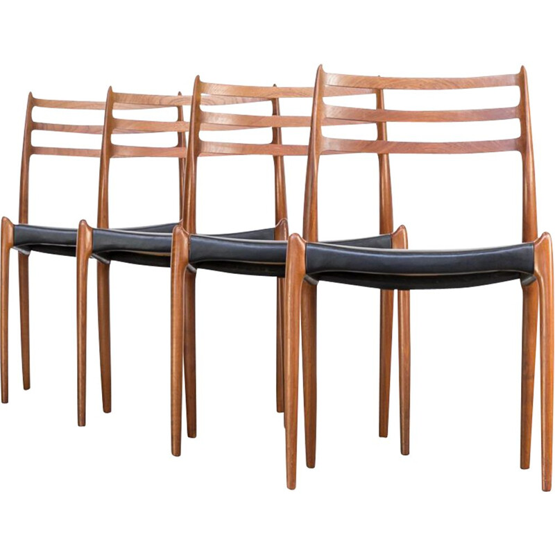 Set of 4 dining chairs model 78 by Niels O. Moller