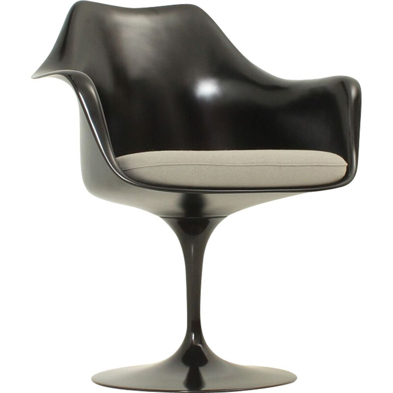 Vintage black Tulip chair by Eero Saarinen for Knoll in fabric and glass fibre