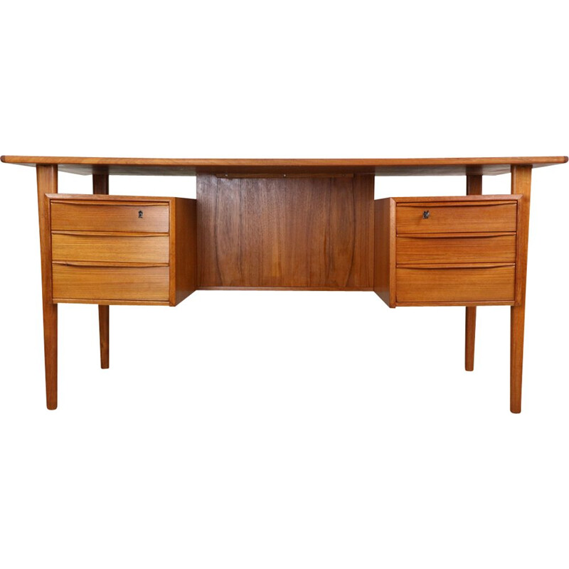 Vintage scandinavian writing desk for Løvig Dansk 1960
