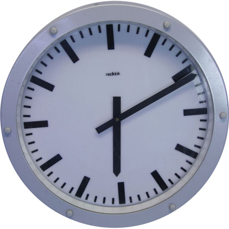 Vintage dutch industrial clock by Nedklok in aluminium 1980