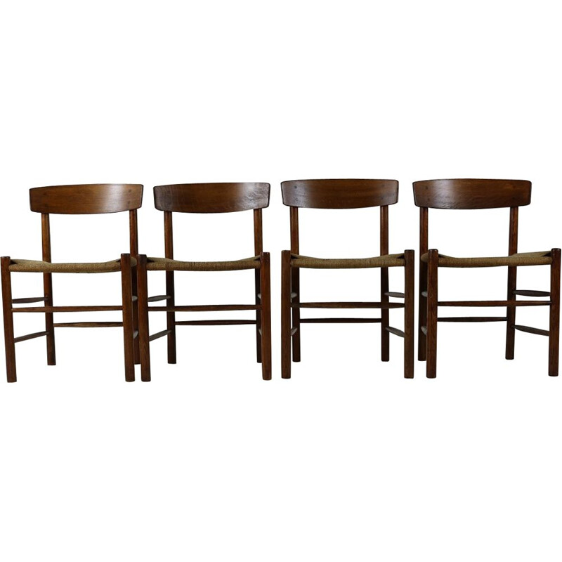 Set of 4 vintage Danish dining chairs by Børge Mogensen