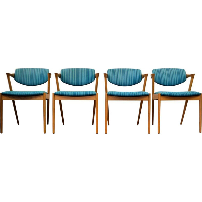 Set of 4 vintage blue chairs in oak by Kai Kristiansen
