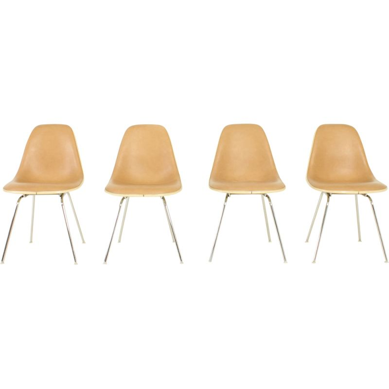 Set of 4 vintage beige DSX Chairs by Charles and Ray Eames for Herman Miller