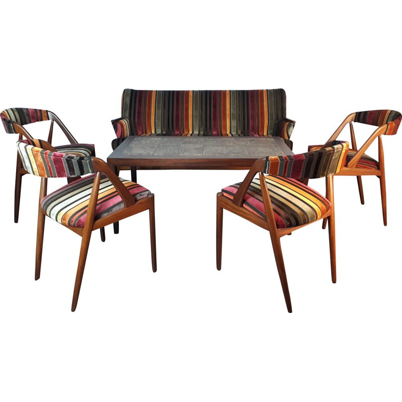 Vintage living room set with scandinavian sofa and 4 chairs in teak and velvet