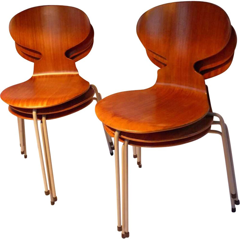 Set of 6 vintage chairs model 3100 by Arne Jacobsen