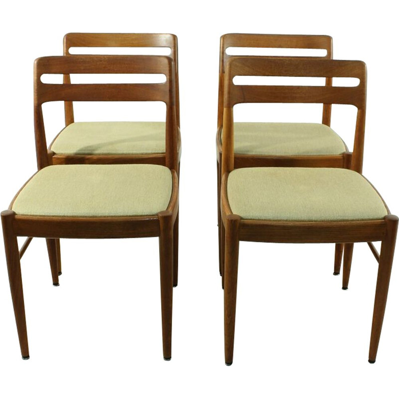 Set of 4 vintage dining chairs for Bramin by H.W. Klein in teak