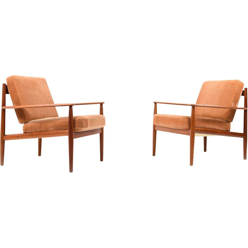 Set of 2 vintage armchairs model 118 by Grete Jalk