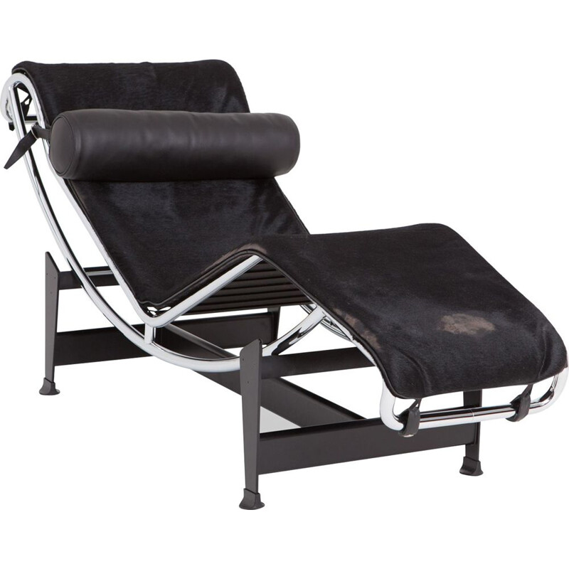 Black LC4 lounge chair by Le Corbusier for Cassina