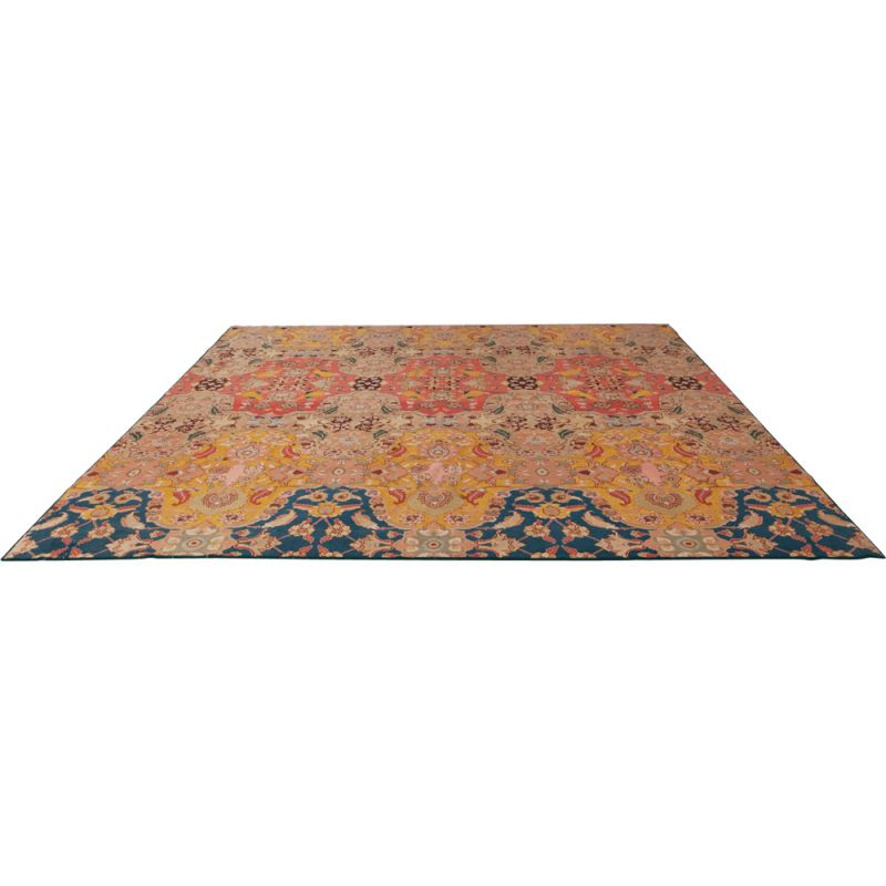"Vintage Indian ""Agra"" carpet in wool and silk"