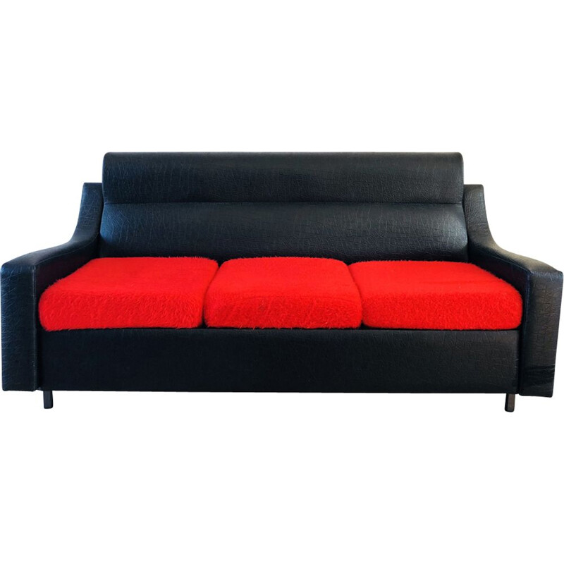 Vintage convertible French 3-seater sofa in skai and rug