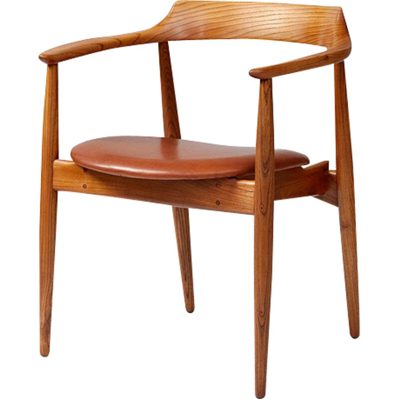 "Vintage Scandinavian chair ""ST-750"" in elm wood by Arne Wahl Iversen"