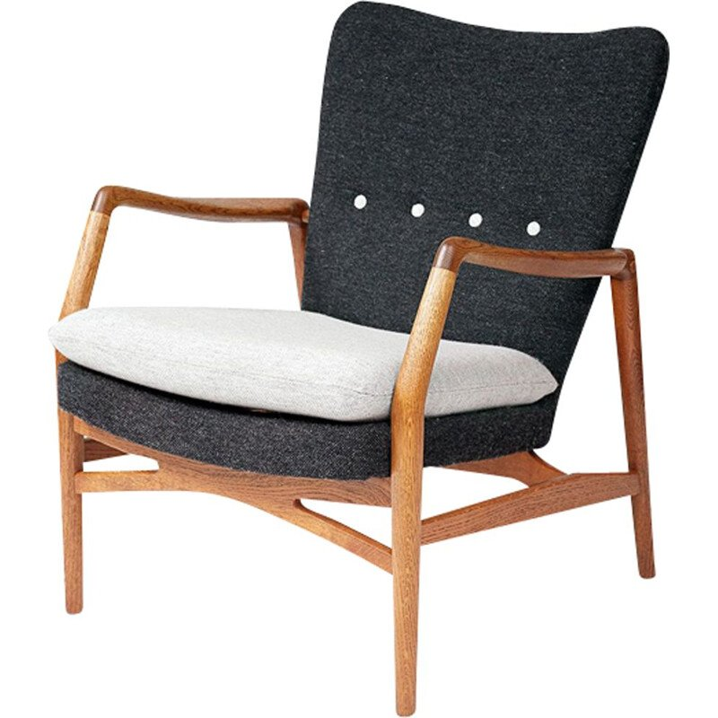 "Vintage Danish lounge chair ""215"" by Kurt Olsen for Slagelse Mobelvaerk"